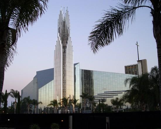 Eine moderne Kirche in Anaheim