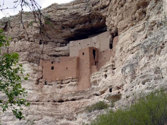 Das Montezuma-Castle - Eine alte Indianerwohnung in mitten der Felswand