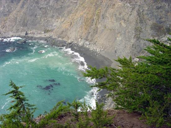 Die steile Pazifikküste zwischen Monterey und Santa Barbara