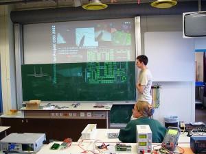 Tobias erklärt den Aufbau