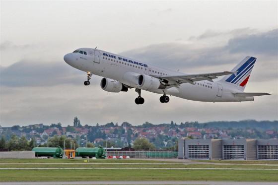 Flugzeug Stuttgart-Paris