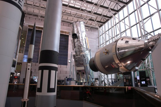 Hubble Test Telescop & Apollo-Soyuz Test Project