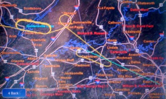 Handy-Foto von Inflight-Map mit Warteschleifen