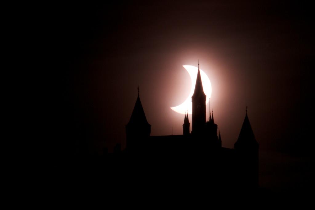 Sonnenfinsternis an der Burg Hohenzollern