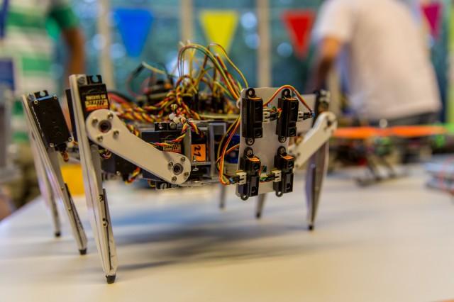 6-beiniger Roboter
