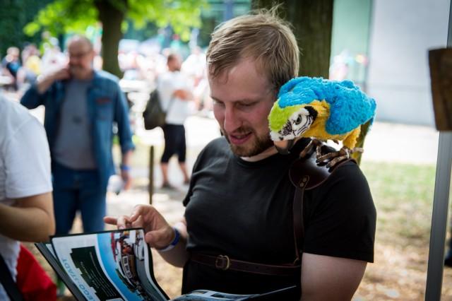 Mechanischer Papagei